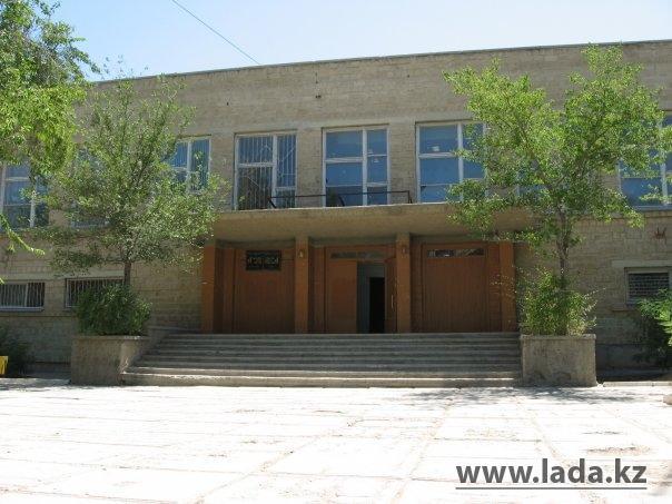 Трое ранее уволенных директоров школ Актау восстановлены в своих должностях