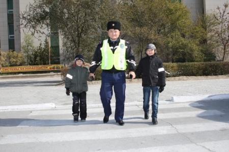 Дорожная полиция Актау проводит акции «Каникулы» и «Автобус»