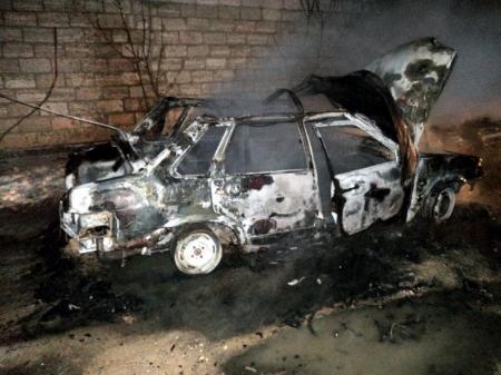 В Актау задержаны двое подозреваемых в поджогах автомобилей