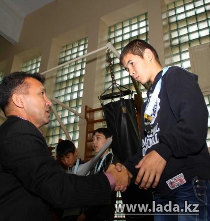 В Актау на турнире по боксу отбирали участников на зональное первенство