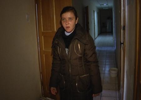Полицейские Актау разыскивают людей, которые удерживали в рабстве Елену Савенко