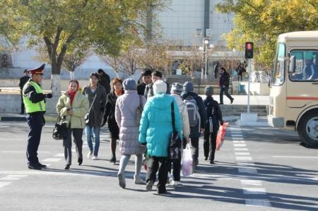 В Актау во время «Дня взаимопонимания» водители избежали штрафов за мелкие нарушения