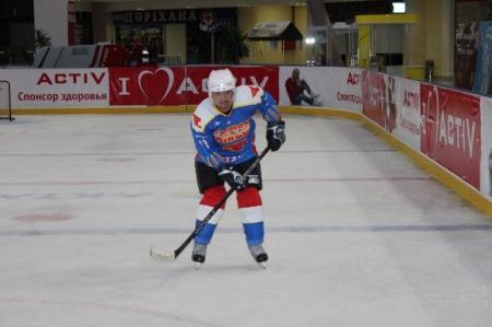 В хоккей играют настоящие мужчины!