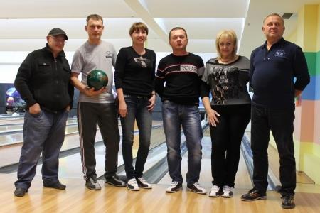В Актау прошли первы игры Лиги чемпионов по боулингу