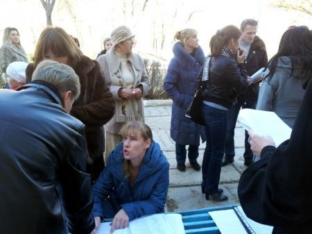 Более 150 подписей  под открытым письмом президенту РК собрали за час родители учеников школы-гимназии №4