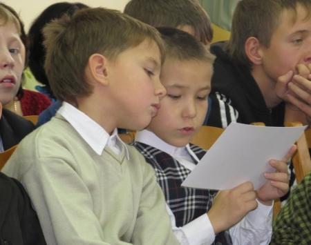 В Актау для детей-сирот и детей, оставшихся без попечения родителей, прошел День благодарения