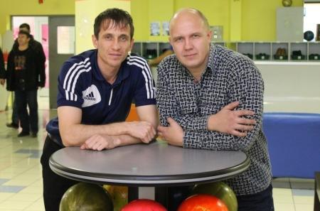 По результатам игр Лиги чемпионов по боулингу 2012 - 2013 лидирует команда «Жигер Актау»