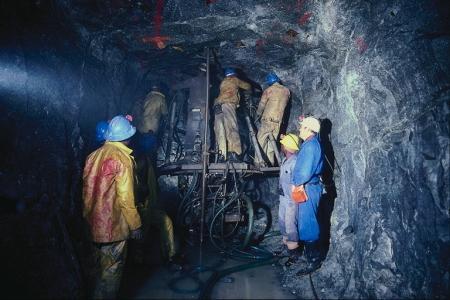 На руднике «Аксу» смертельно травмирован 61-летний проходчик - МЧС РК