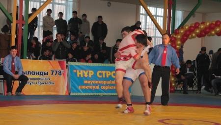 Актауский борец стал бронзовым призером республиканского турнира по казакша-курес