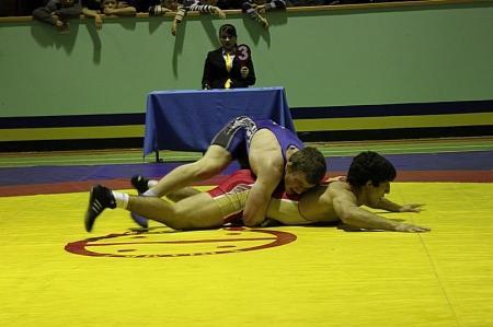 Лидерами турнира по вольной борьбе прошедшего в Актау стали спортсмены из Дагестана