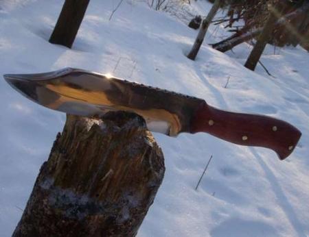В ВКО браконьер ранил ножом инспектора отряда оперативного реагирования