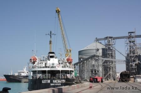 Журналист поплатился за ряд статей о работе морского порта в Актау