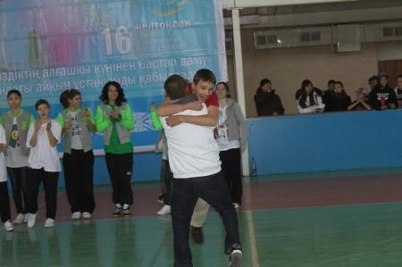 В Актау прошли соревнования по уличным стилям танца «Free Street 2012»