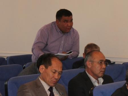 Депутат Бердикожа Боранбаев: «Пройдет время и в домах Актау вообще не будет тепла»