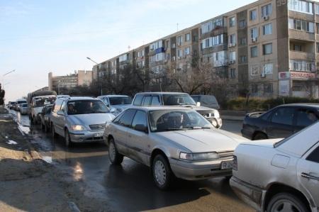 Дорожная полиция передает функции по регистрации автотранспорта и выдаче водительских удостоверений в ведение ЦОНов