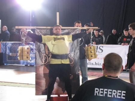 Актауский спортсмен принял участие в чемпионате мира по стронгмену