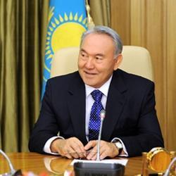 Назарбаев потребовал уравнять зарплаты казахстанских и иностранных рабочих