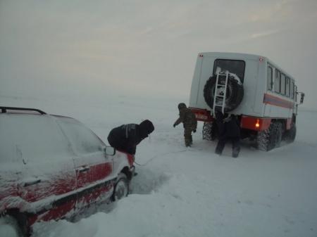 В Алматинской области из снежных заносов в первый день Нового года вызволено 40 человек
