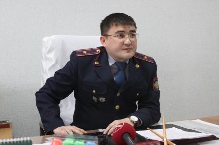 В Актау задержаны подозреваемые по факту стрельбы в 14 микрорайоне возле 47 дома (ОПЕРАТИВНОЕ ВИДЕО ИЗЪЯТИЯ ОРУЖИЯ)