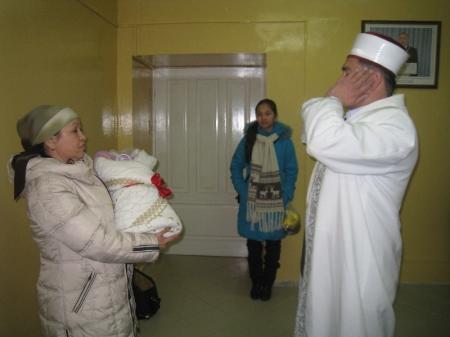 В Актау открылась первая в Казахстане комната для проведения исламского обряда, связанного с рождением ребенка