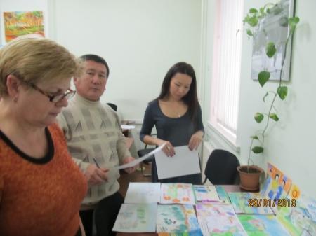В Актау прошел областной конкурс детского рисунка