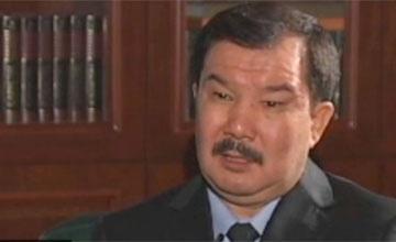 Уже после крушения АН-72 при получении взятки от сотрудников «Укрспецэкспорта» задержан представитель казахстанского генералитета - А.Даулбаев