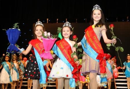 В Актау прошел ежегодный городской конкурс «Юная красавица -2013»