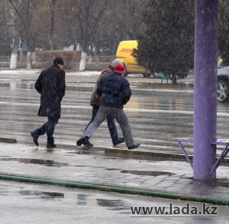 Фотопост. Пешеходы Актау