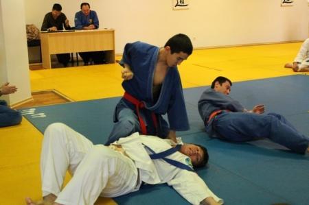 В Актау более пятидесяти воспитанников школы айки каратэ оспаривают звание лучшего в областных соревнованиях