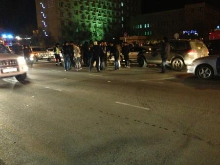 В Актау водитель Daewoo допустил дорожную аварию с возгоранием машины