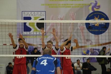 Актауская команда начала III тур чемпионата РК по волейболу с победы