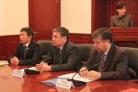 Министр охраны окружающей среды РК Нурлан Каппаров посетил Мангистаускую область