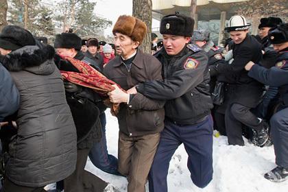 В Казахстане предложили создать спецназ для подавления беспорядков
