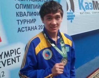 Актауский боксер Адильбек Ниязымбетов завоевал золотую медаль в  чешском  международном турнире Гран-При в Усти-над-Лабем