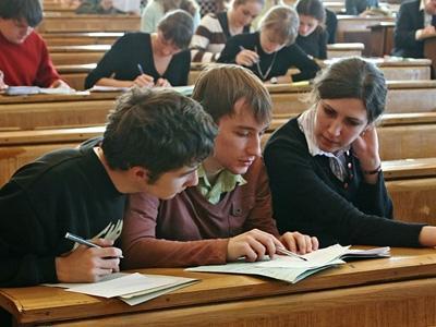 В ближайшие два года в Казахстане останется около 100 высших учебных заведений - Б.Жумагулов
