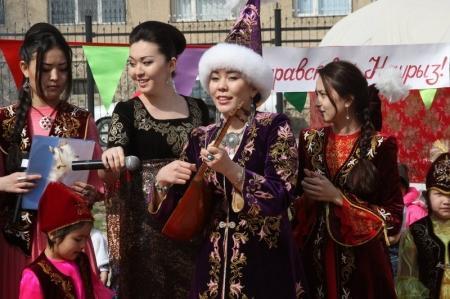 Казахстанцы в марте получат 4 дополнительных выходных дня