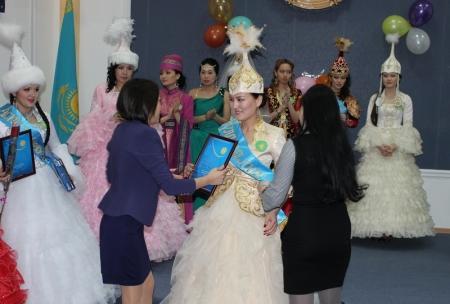 В Департаменте таможенного контроля по Мангистауской области прошел конкурс «Краса таможни 2013»