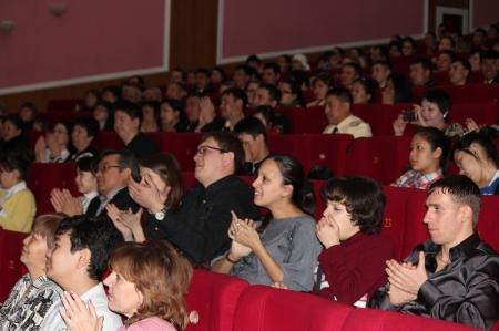 В Актау в музыкально-драматическом театре имени Н.Жантурина прошел благотворительный концерт