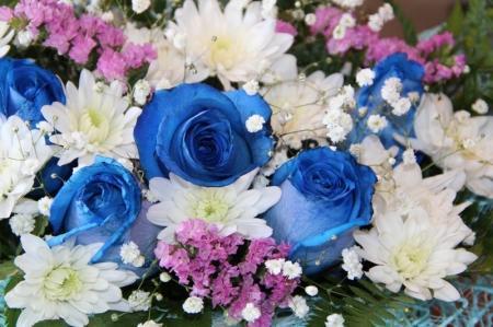 Дети поздравляют мам с 8 марта. Слайдшоу