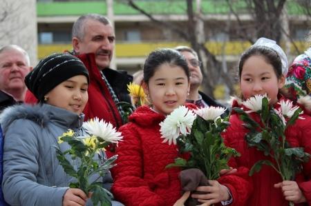 9 марта жители Актау праздновали 199-летие со Дня рождения великого Украинского поэта Тараса Шевченко