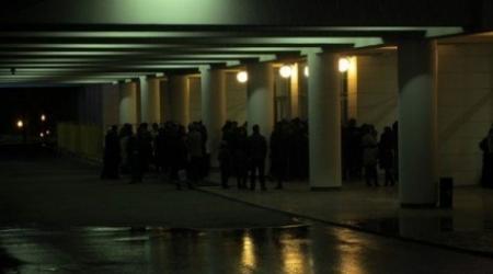 Опоздавшие зрители разгромили Дворец Республики в Алматы