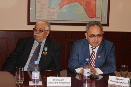 Культурные деятели озвучили насущные вопросы акиму Мангистауской области Алику Айдарбаеву