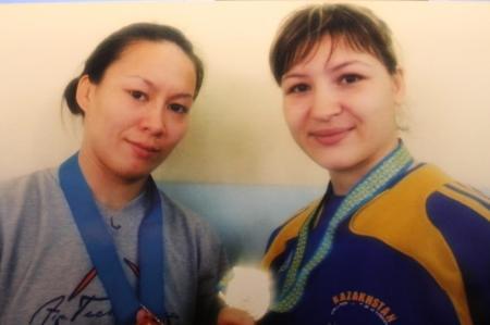 Актауские борцы Меруерт Дынбаева и Ольга Калинина завоевали золотые медали на чемпионате Казахстана