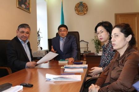 В Актауском городском суде обсудили тему внедрения института медиации в уголовный процесс