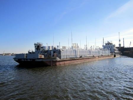 Судоходная компания ARK SHIPPING приняла в эксплуатацию несамоходный танкер-метаноловоз для Каспия