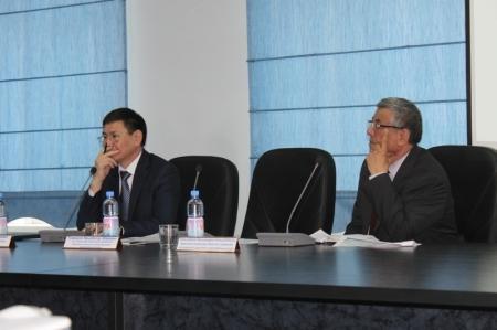 Прошли общественные слушания по расширению порта Актау в северном направлении