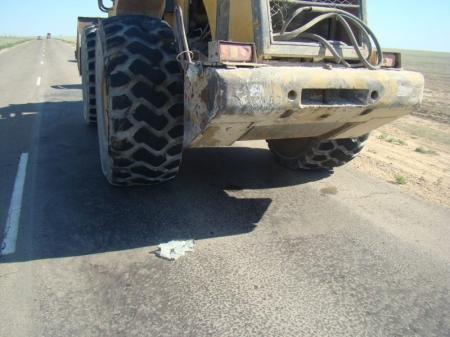 На автотрассе Жетыбай -Шетпе в результате столкновения «Газели» с трактором погиб мужчина