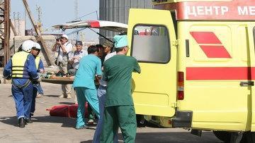 Житель Усть-Каменогорска выпал из окна, увидев жену в объятиях любовника - СМИ