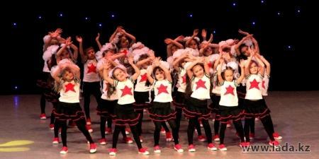 В Актау завершился ежегодный городской конкурс «Танцевальный рай - 2013»