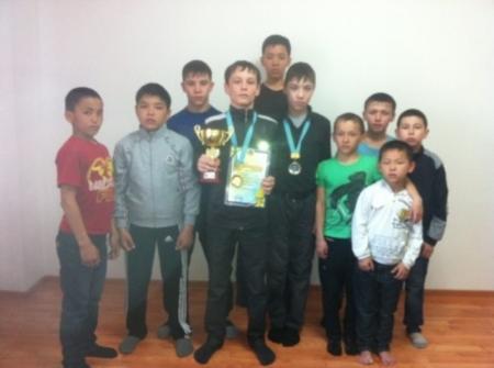 На республиканском турнире по греко-римской борьбе актауские спортсмены завоевали золотую и серебряную медали